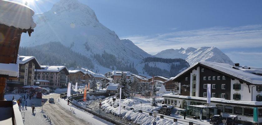 austria_arlberg-ski-area_lech_town-view.jpg